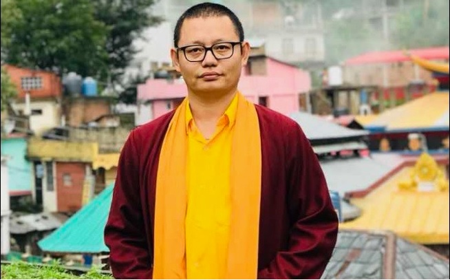 RinpocheStanding